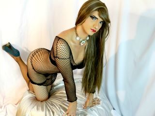 WELCOME TO MY SHOW LATIN SHEMALE READY FOR MAKE YOU MORE EROTIC DREAM COME TRUE COME TO ENJOY WITH ME